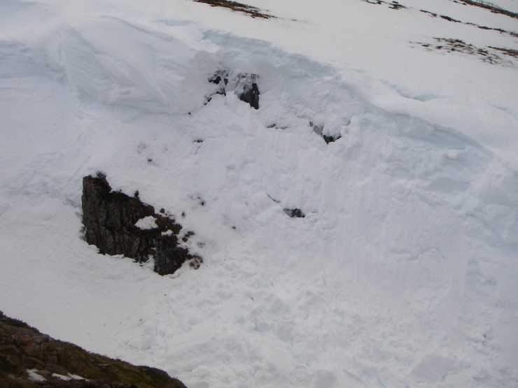 A small cornice collapse