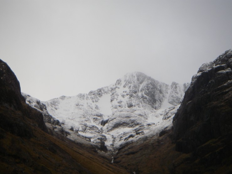By midday Stob Coire nan Lochan was showing its face.