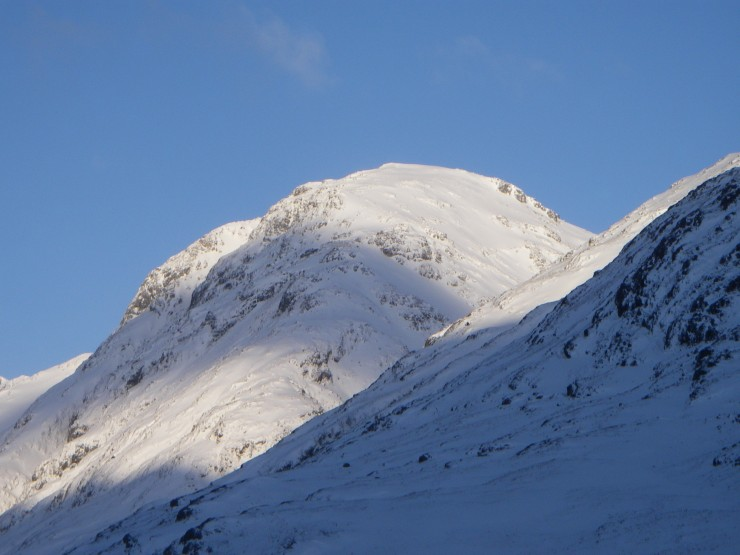 Am Bodach, showing loaded SE facing snowfields