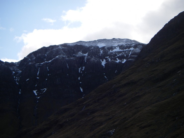 A dusting of fresh snow high on the West face of Aonach Dubh
