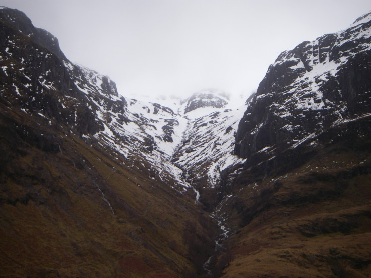 The snow level on the path up to Coire nan Lochan has eased up in the thaw