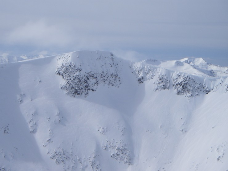 Cornices will require caution with rising temperatures