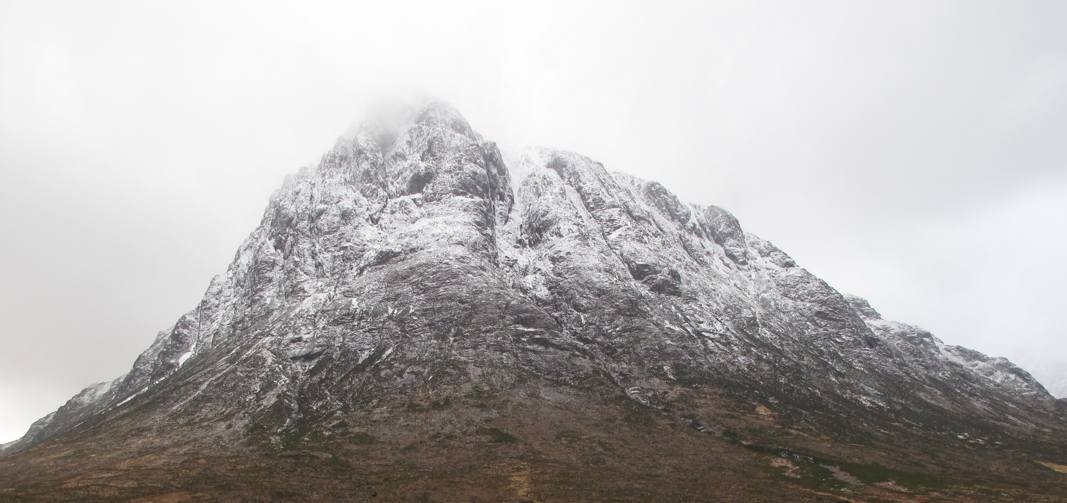 North Face of Stob Dearg shows the snowline clearly.