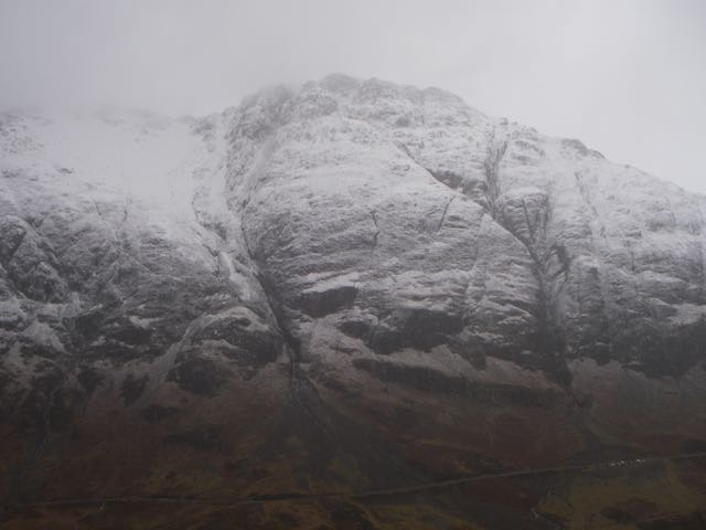 Fresh snow on the South flank of the Aonach Eagach