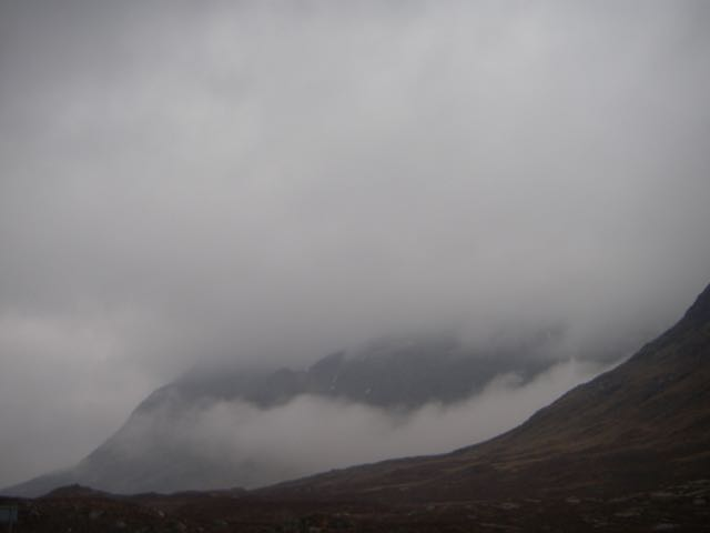 Wreathes of cloud on Stob Dearg further up the Glen